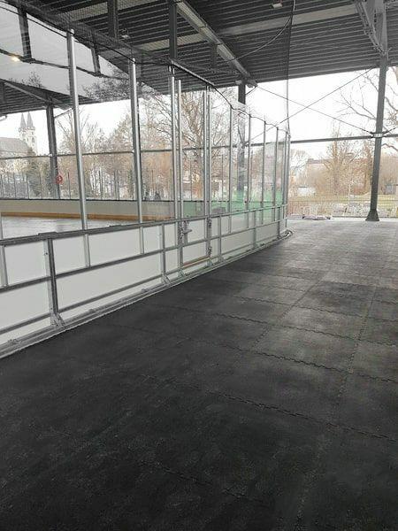 Резиновая плитка для ледовых арен
