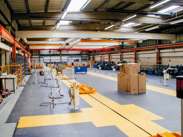 Резиновая плитка для промышленных помещений