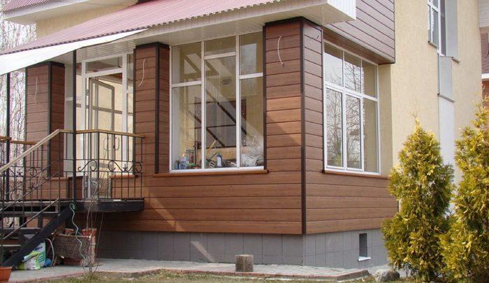 Фасад дома сайдинг ДПК